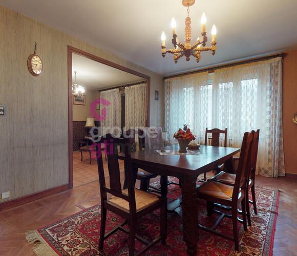 Vente Maison 11 pièces 176m² Arlanc (63220) - photo