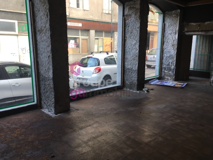 Vente Local commercial 120m² Annonay (07100) - photo
