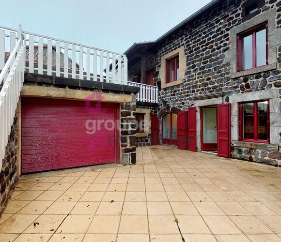 Vente Maison 184m² A 4mn de BAINS - photo