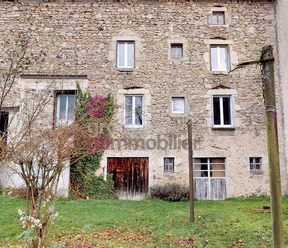 Vente Maison 7 pièces 125m² Saint-Pierre-du-Champ (43810) - photo