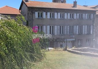 Vente Immeuble 10 pièces 130m² Montfaucon-en-Velay (43290) - Photo 1