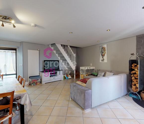 Vente Maison 5 pièces 158m² Sainte-Sigolène (43600) - photo
