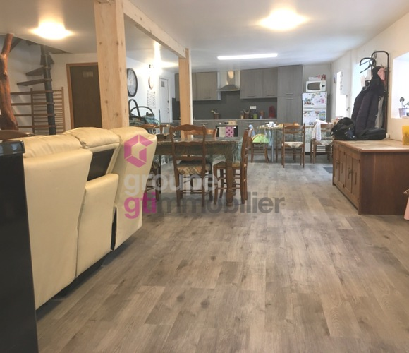 Vente Maison 5 pièces 140m² Ambert (63600) - photo