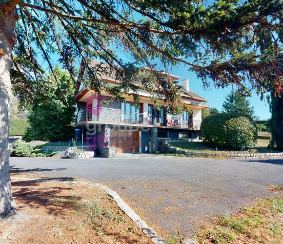 Vente Maison 6 pièces 175m² Unieux (42240) - photo