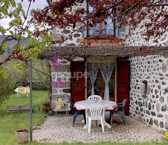 Vente Maison 6 pièces 128m² Saint-Julien-Chapteuil (43260) - photo