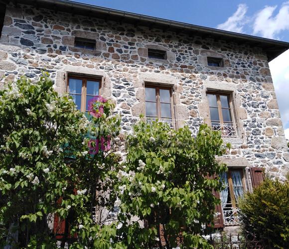 Vente Maison 6 pièces 96m² Roche-en-Régnier (43810) - photo