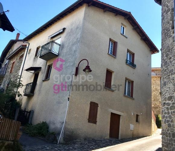 Vente Maison 4 pièces 93m² Olliergues (63880) - photo