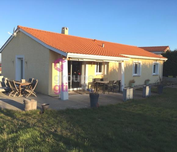 Vente Maison 4 pièces 105m² Luriecq (42380) - photo