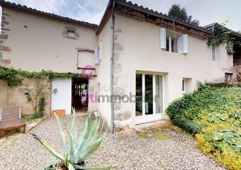 Vente Maison 15 pièces 270m² Cunlhat (63590) - Photo 1