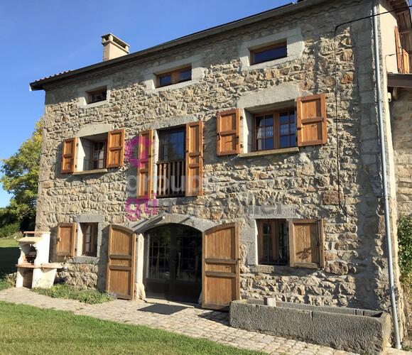 Vente Maison 5 pièces 212m² Craponne-sur-Arzon (43500) - photo