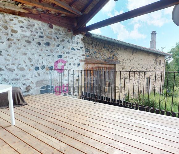 Vente Maison 3 pièces 63m² Roche-en-Régnier (43810) - photo