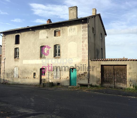 Vente Maison 8 pièces 444m² La Chaise-Dieu (43160) - photo