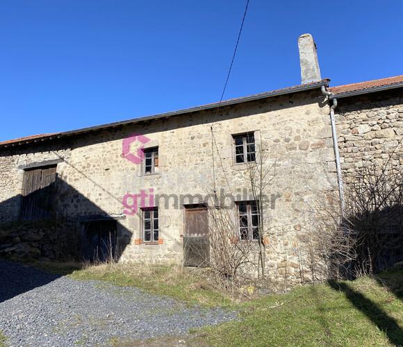 Vente Maison 2 pièces 500m² Bellevue-la-Montagne (43350) - photo