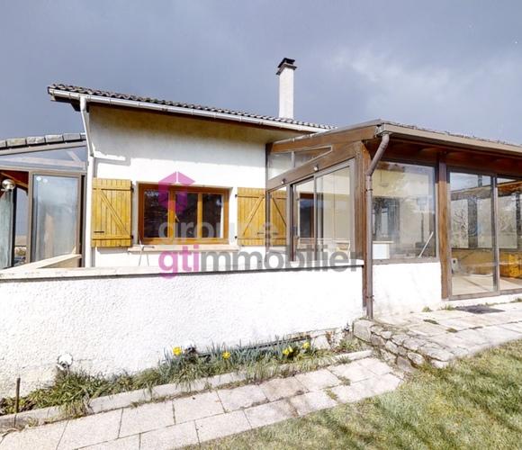 Vente Maison 7 pièces 136m² Chenereilles (43190) - photo