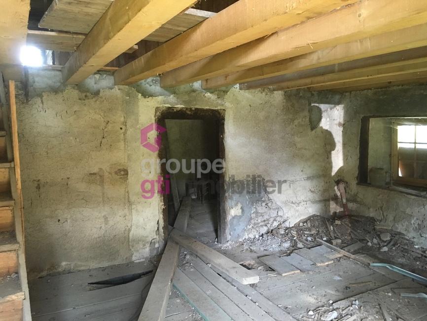 Vente Maison 2 pièces 130m² Tours-sur-Meymont (63590) - photo