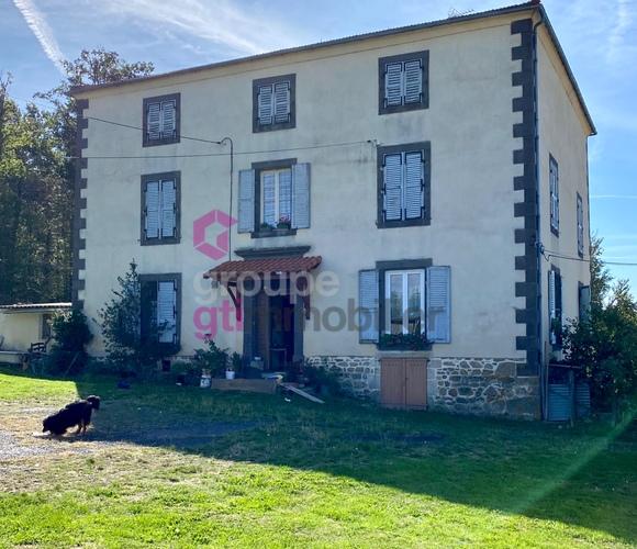 Vente Maison 6 pièces 254m² Aubusson-d'Auvergne (63120) - photo