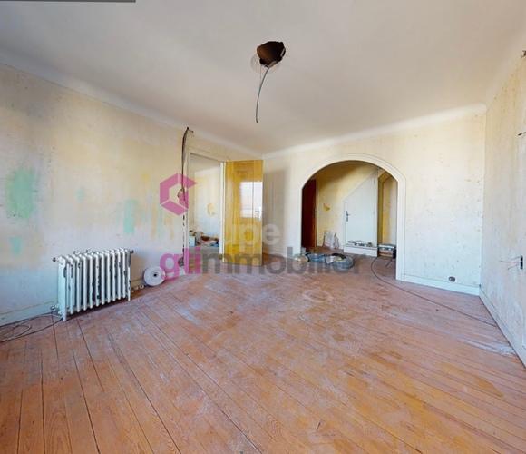 Vente Maison 6 pièces 210m² Saint-Maurice-en-Gourgois (42240) - photo