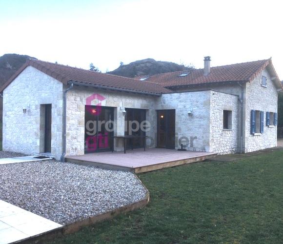 Vente Maison 6 pièces 143m² Prades (43300) - photo