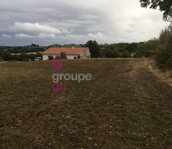 Vente Terrain 2 802m² Loubeyrat (63410) - photo