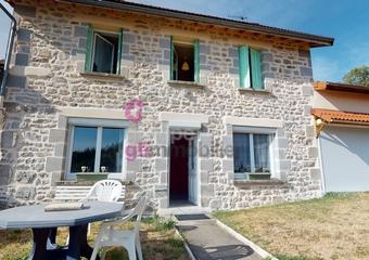 Vente Maison 7 pièces 150m² Le Brugeron (63880) - Photo 1
