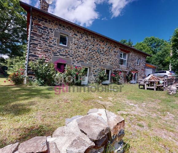 Vente Maison 6 pièces 200m² Saint-Hostien (43260) - photo