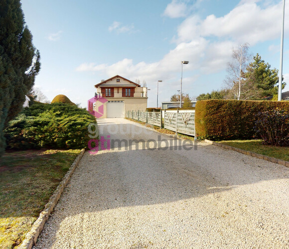 Vente Maison 4 pièces 117m² Yssingeaux (43200) - photo