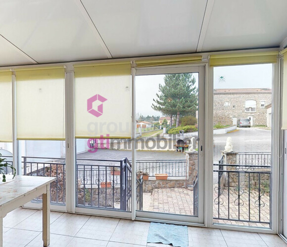 Vente Maison 7 pièces 107m² Sainte-Sigolène (43600) - photo