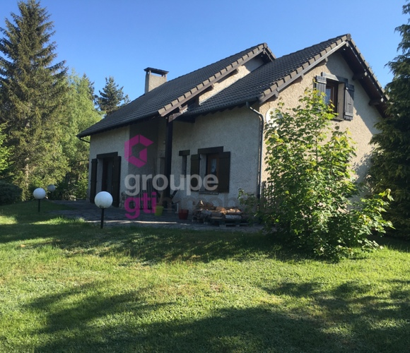 Vente Maison 180m² Le Chambon-sur-Lignon (43400) - photo