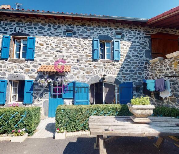 Vente Maison 7 pièces 160m² Chadron (43150) - photo