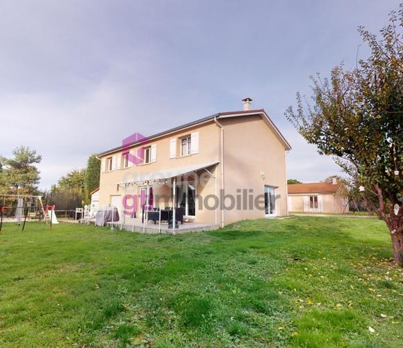 Vente Maison 7 pièces 161m² Saint-Romain-le-Puy (42610) - photo