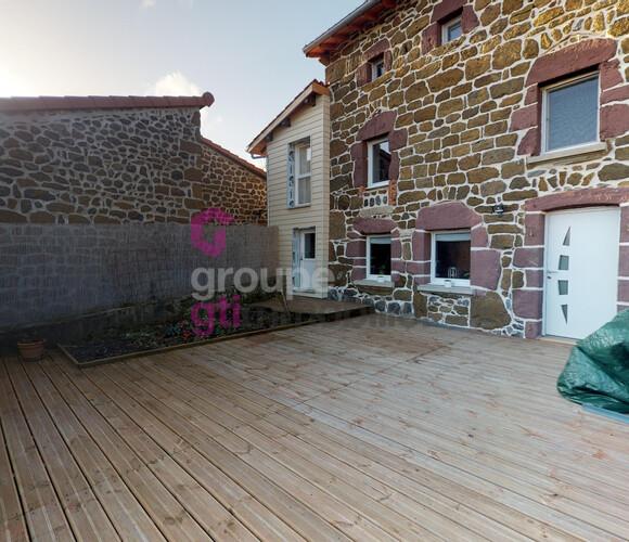 Vente Maison 116m² Bains (43370) - photo