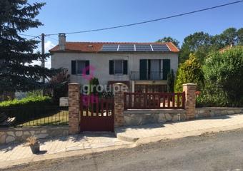 Vente Maison 7 pièces 148m² Cronce (43300) - Photo 1