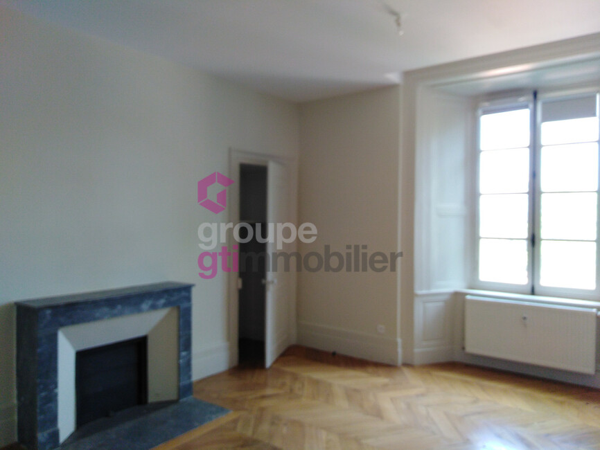 Vente Appartement 1 pièce 32m² Saint-Maurice-de-Lignon (43200) - photo