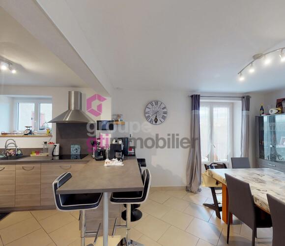 Vente Maison 8 pièces 172m² Courpière (63120) - photo