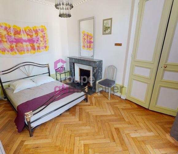 Vente Appartement 3 pièces 70m² LE PUY, centre - photo