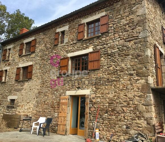Vente Maison 7 pièces 160m² Chaméane (63580) - photo
