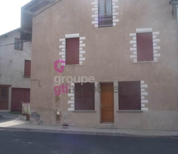 Vente Maison 7 pièces 100m² Arlanc (63220) - photo