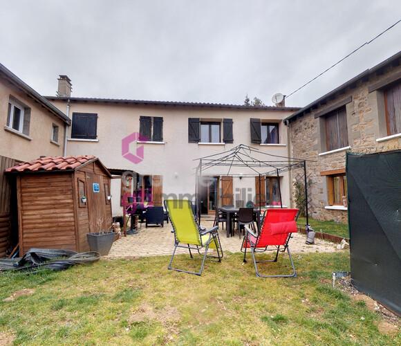 Vente Appartement 4 pièces 106m² Saint-Just-Malmont (43240) - photo