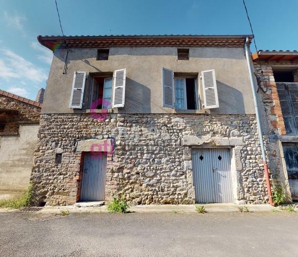 Vente Maison 2 pièces 35m² Saint-Rémy-de-Chargnat (63500) - photo