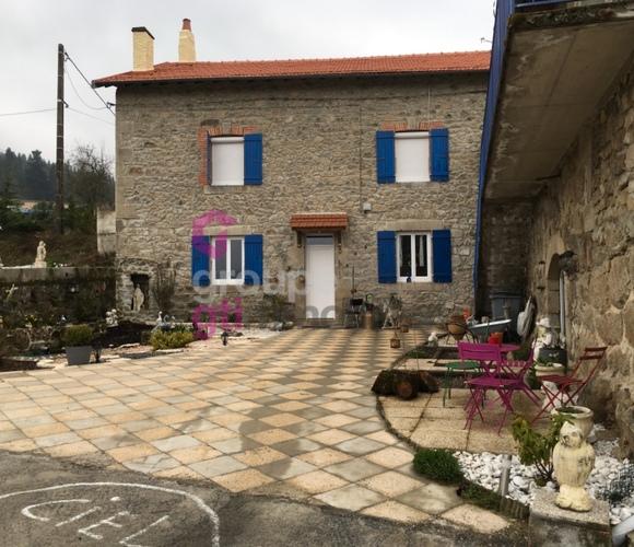 Vente Maison 7 pièces 210m² Dunières (43220) - photo