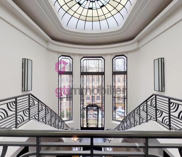 Vente Maison 10 pièces 828m² Saint-Étienne (42100) - photo