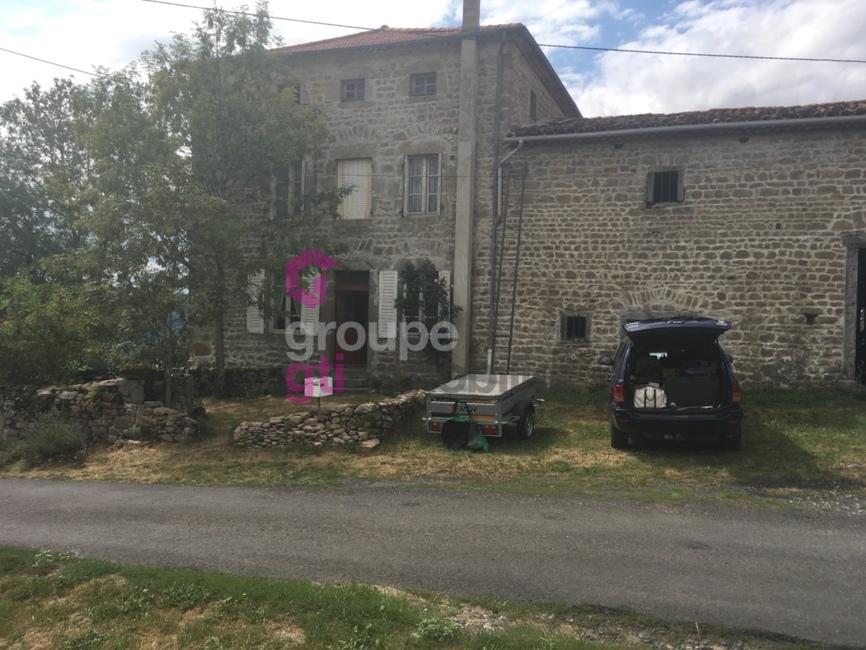 Vente Maison 8 pièces 150m² Cunlhat (63590) - photo