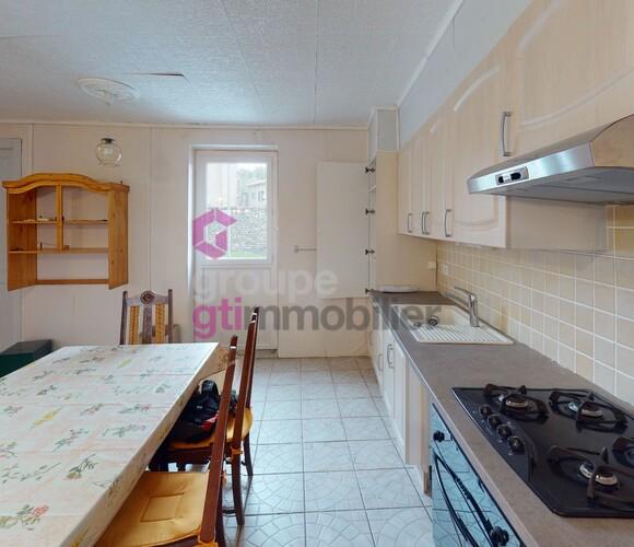 Vente Maison 9 pièces 196m² Saint-Jean-Lachalm (43510) - photo