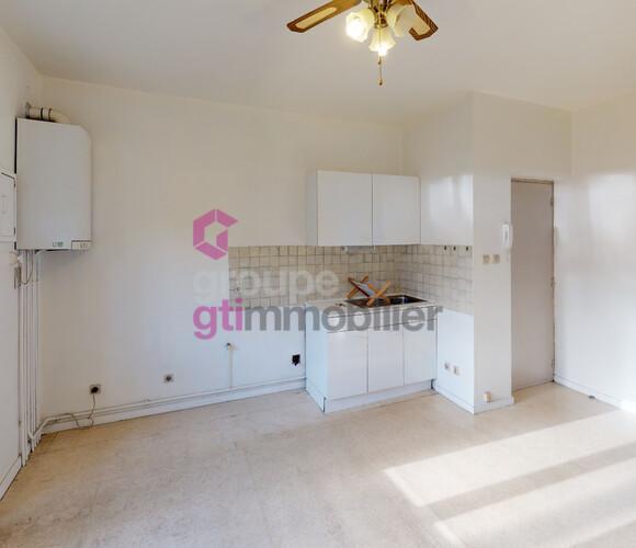 Vente Appartement 4 pièces 75m² Le Chambon-Feugerolles (42500) - photo