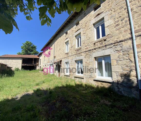 Vente Maison 4 pièces 140m² Craponne-sur-Arzon (43500) - photo