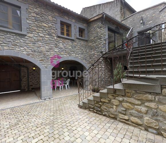 Vente Maison 6 pièces 166m² Blesle (43450) - photo