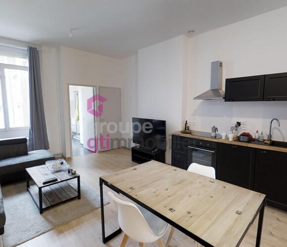 Vente Appartement 8 pièces 145m² Saint-Étienne (42000) - photo