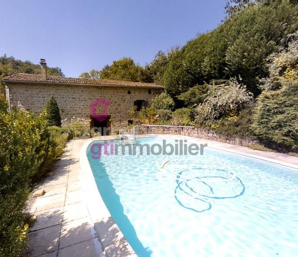 Vente Maison 8 pièces 190m² Olliergues (63880) - photo
