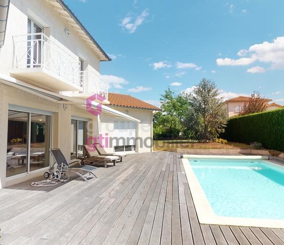 Vente Maison 8 pièces 216m² Aurec-sur-Loire (43110) - photo
