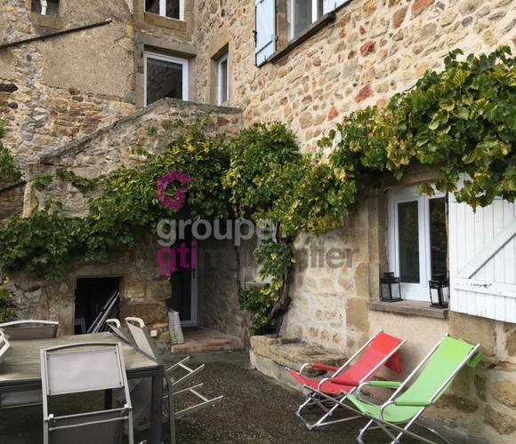 Vente Maison 5 pièces 140m² Montpeyroux (63114) - photo